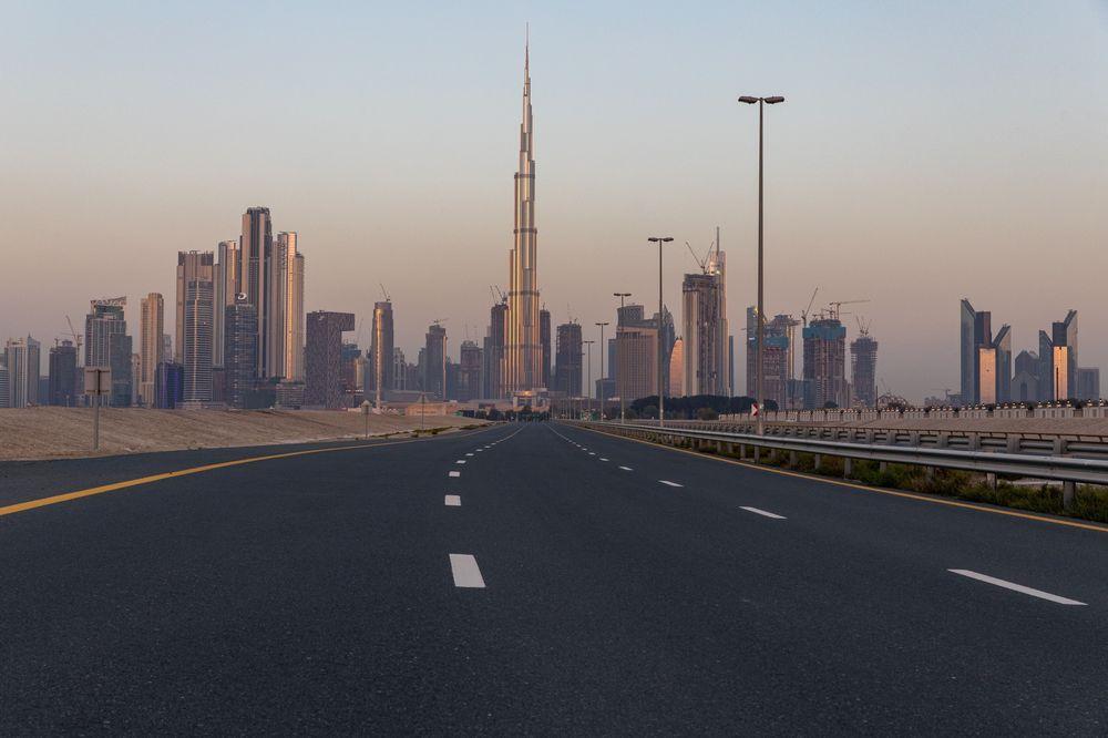 Dubai's Tumbling Economy