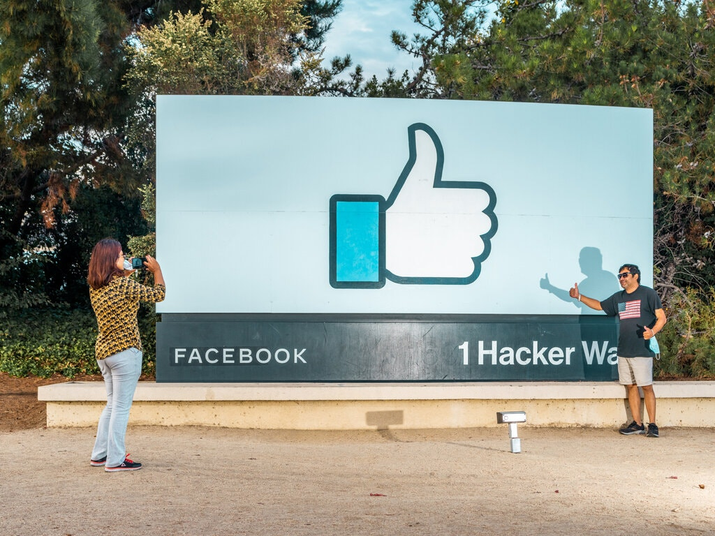 Gone in Minutes, Out for Hours: Outage Shakes Facebook