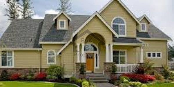 Investor rate house available in Askari 14