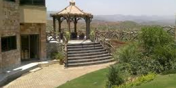 Barki Road - Farm House 1 Acre IN Cantt, Lahore