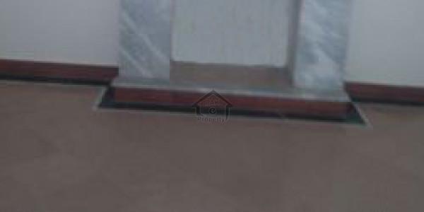 Multan Road -8 Kanal  Warehouse For Rent