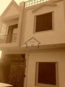 Hayatabad Phase 1,1 Kanal House Is Available For Sale
