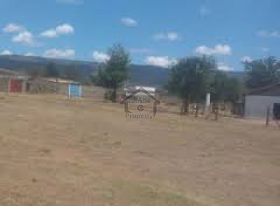 10 Marla Plot Is Available For Sale In Link Abbasia Town