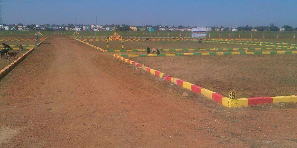 Bahria Town Phase 7,- 10 Marla - Plot For Sale.