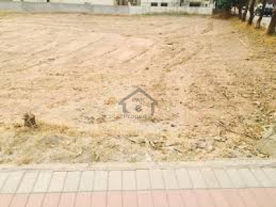 DHA Phase 8 - Commercial Broadway, - 1 Kanal - Plot Is Available For Sale .