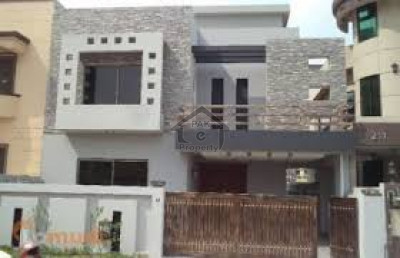 DHA Phase 6, - 10 Marla - House Is Available For Sale