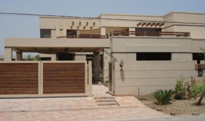 DHA Phase 5 - Block L, - 10 Marla - House  for sale..