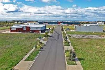 Multi Residencia & Orchards, - 5 Kanal - Farm House Plot For Sale.