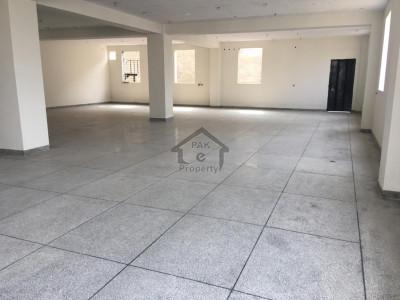 35000 sqft Excellent Commercial Plaza For Rent
