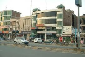 8 Mala Semi Commercial Building For Sale